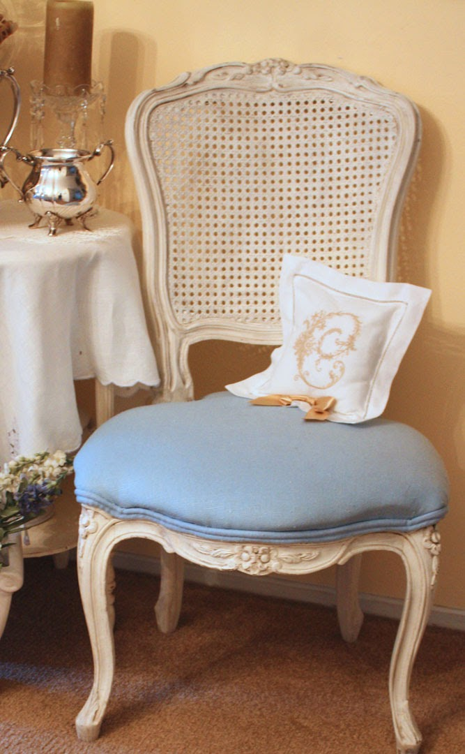 My Romantic Home: The Bedroom Chair - Show and Tell Friday!